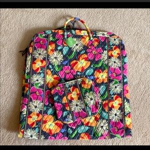 Vera Bradley Garment Bag Makeup Case Jazzy Blooms